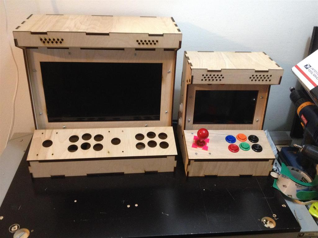 diy arcade cabinet kits more 2 player porta pi. Black Bedroom Furniture Sets. Home Design Ideas